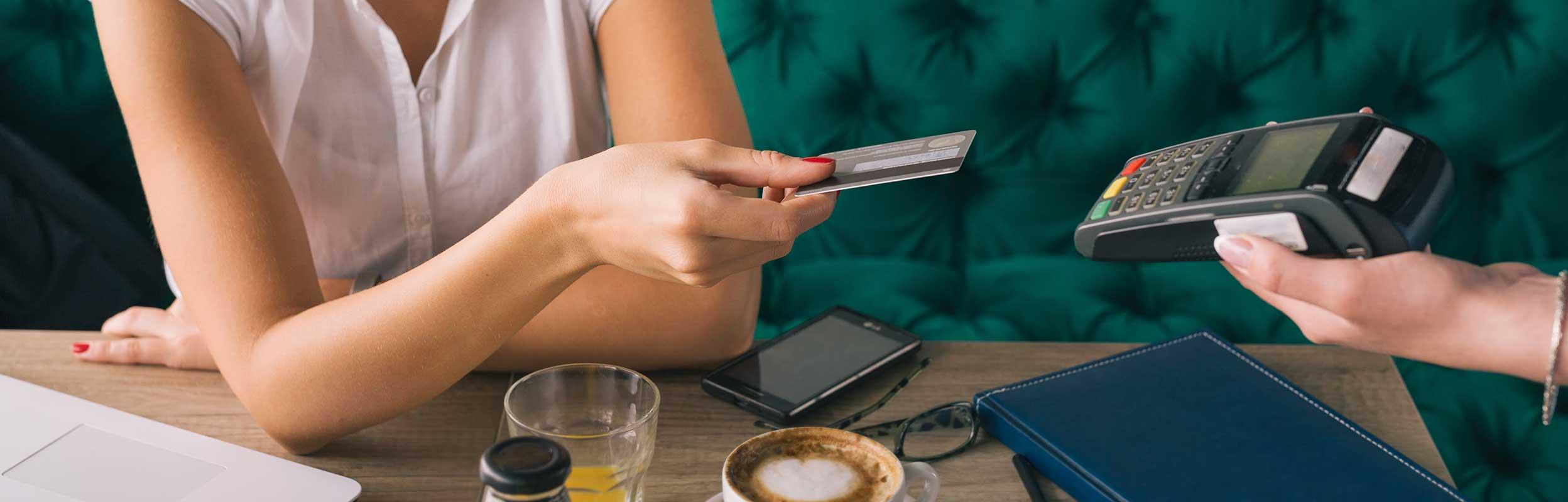 Le Paiement Sans Contact Evolue Article Cic Entreprises