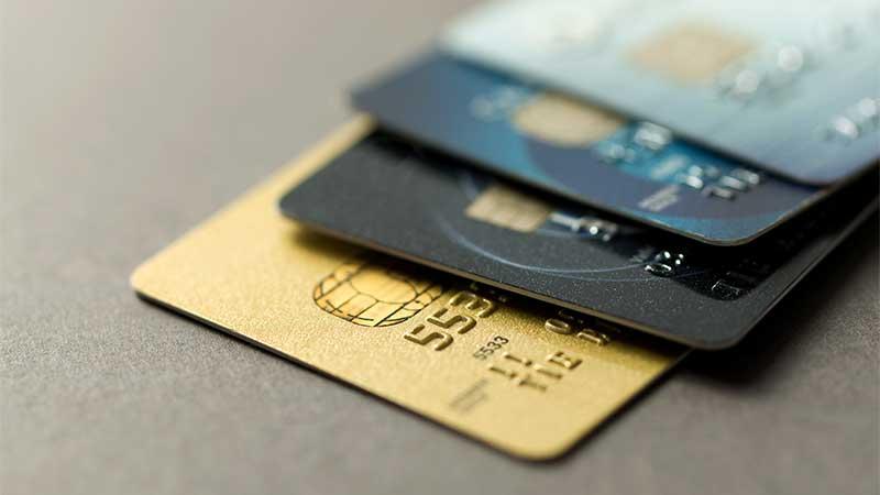 Carte Bancaire Moins De 18 Ans.Cartes Bancaires Les Cartes Cb Parcours J Cic